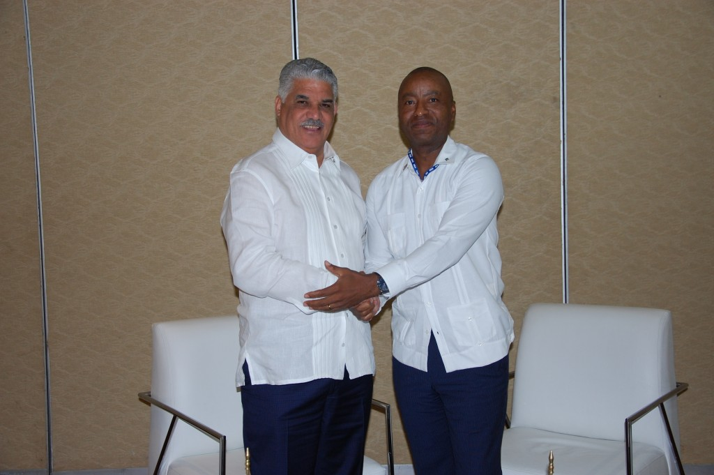 Minister Henfield and Minister Vargas