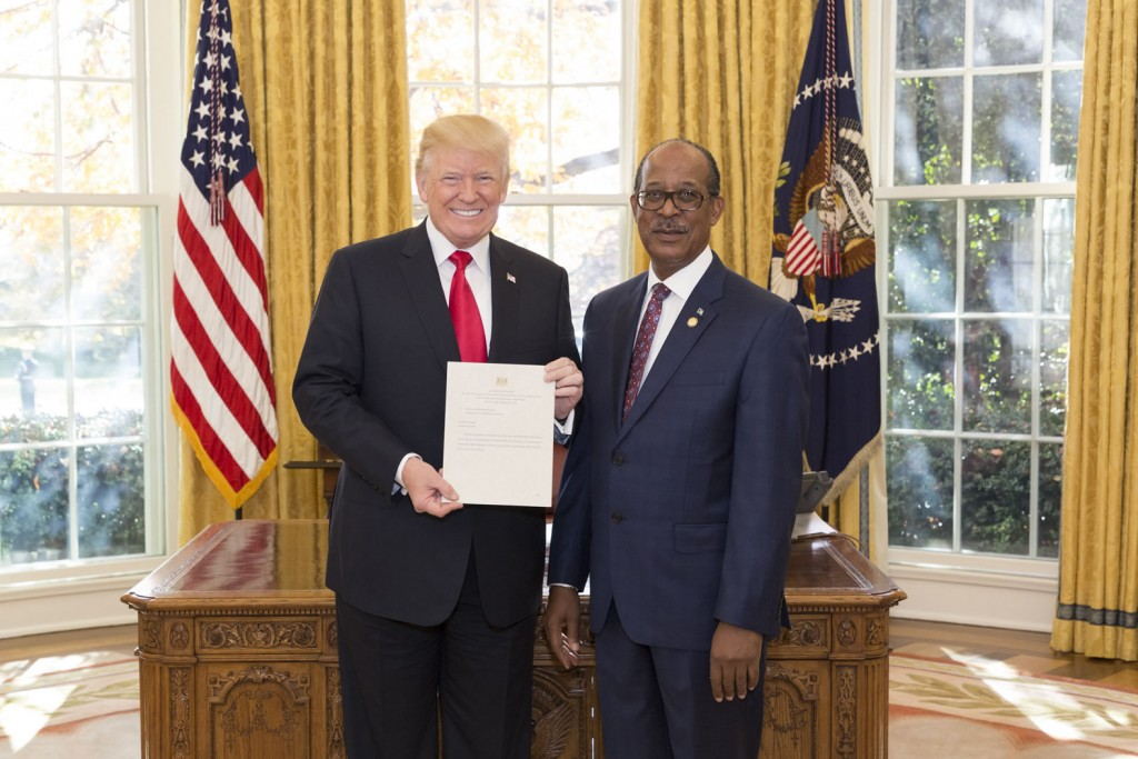 Ambassador Collie presents credentials to President Trump
